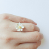 white daisy flower ring, white wedding flower ring, dainty ring, wedding jewelry