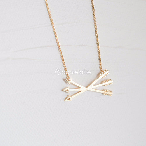 Triple Arrows Necklace