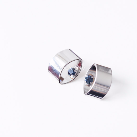 blue swarovski crystal cylinder post earrings, tubes beveled edges studs with blue stone, geometric 3D earrings