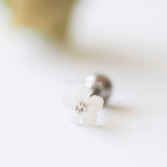 White Flower Barbell Cartilage_P104