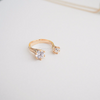 double swarovski crystal ring in Gold or silver, minimal stone ring, rhinestone ring, bridal gift