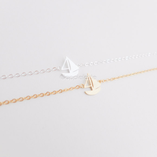 sail boat bracelet in gold or silver, sea jewelry, nautical bracelet