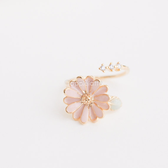 Pink Daisy Flower ring, Pink ring, sweet flower ring, adjustable ring, midi ring, knuckle ring, bridesmaid gift