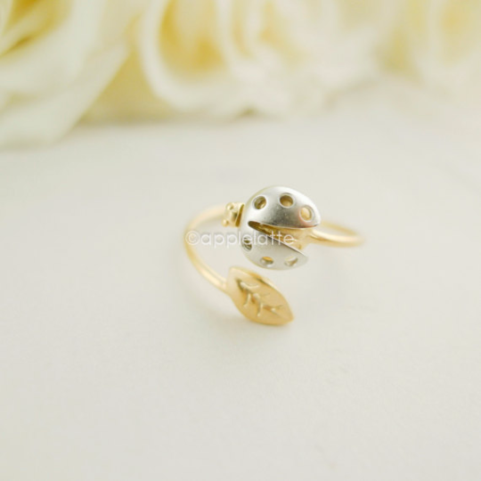 tiny ladybug with leaf  ring, nature ring, adjustable ring, dainty ring