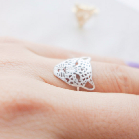 tiger ring in gold or silver, leopard ring, animal ring