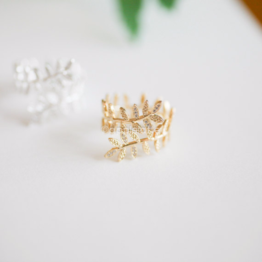 laurel ring,leaf ring in gold or silver