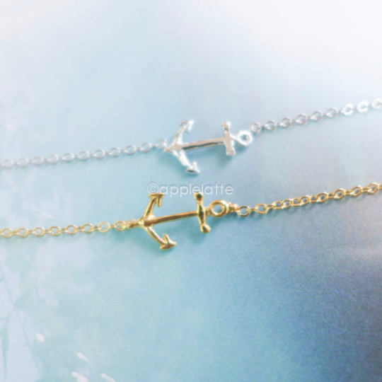 anchor bracelet in gold or silver, anchor jewelry, nautical bracelet