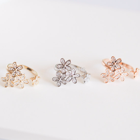 Crystal stone Flower ring, White Floral Ring, sweet nature ring, flower ring, bridesmaid gift, wedding
