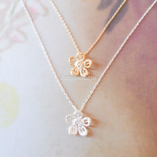 Lace Flower Necklace