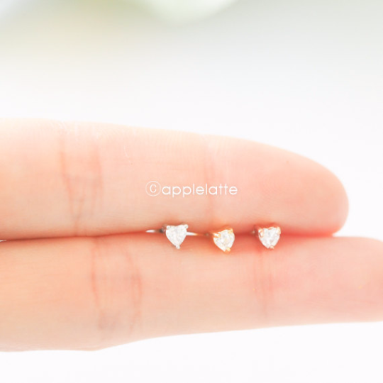CZ Heart Cartilage Piercing_P129