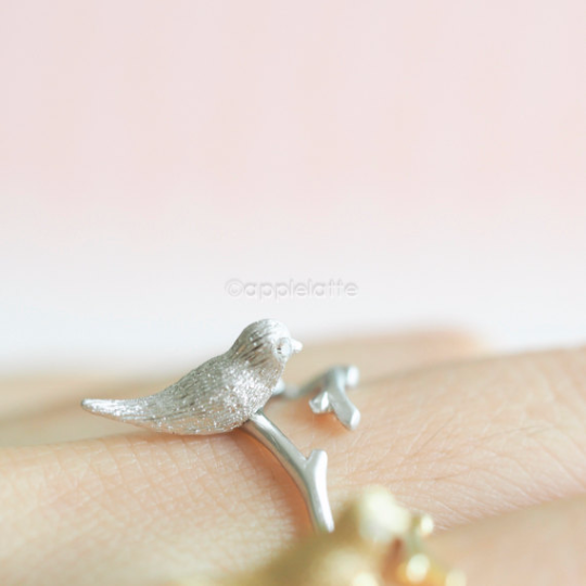 sparrow Ring, Egg Nest ring, bird ring, fly ring, bird jewelry, branch ring, best friends ring, wedding, bridesmaid gift, nature ring