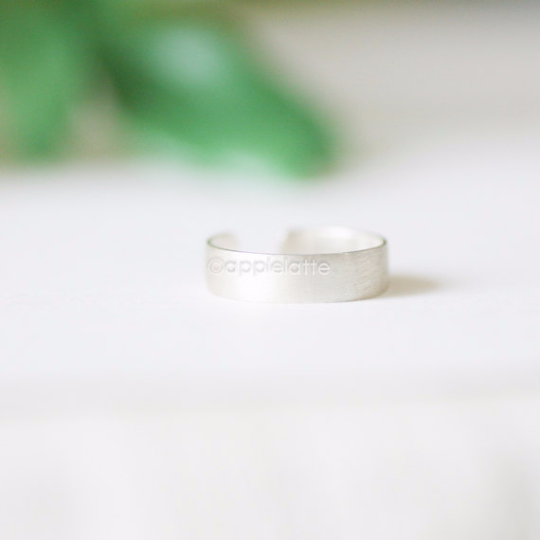 simple band ring in sterling silver 925, thumb ring,  line ring, simple ring, sterling silver band, silver ring,