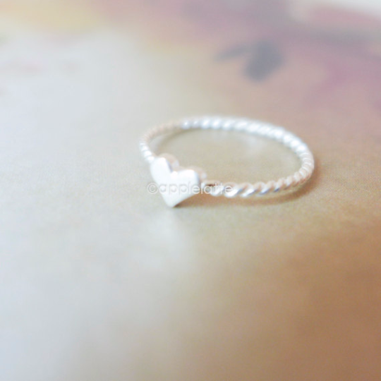 tiny heart ring in sterling silver 925, bridesmaid ring, heart ring, love ring