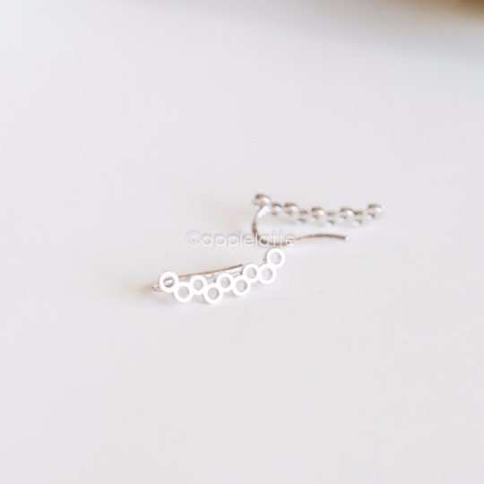 Open Circle Earrings,  Simple Minimalist Ear Climbers , line Ear Crawlers, climbing stud earrings, pierced ear cuffs_1 pair