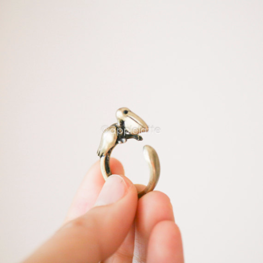 Pelican Ring in gold or silver, Pelican Jewelry, Bird Ring, Handcrafted animal jewelry