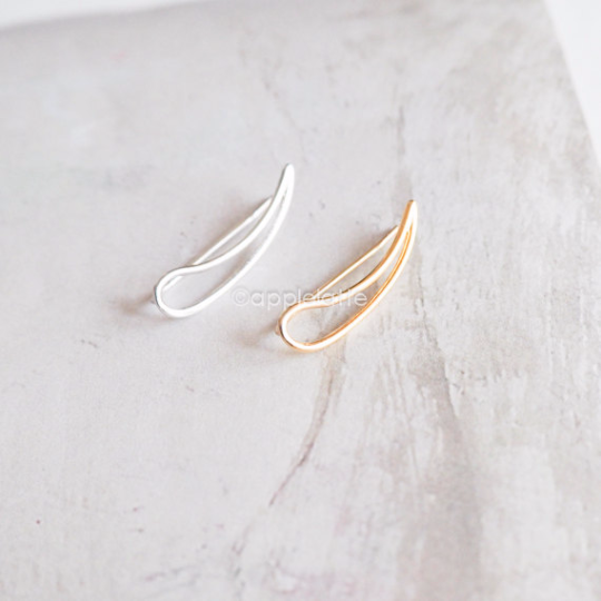 wave Earring,  Simple Minimalist Ear Climber , line Ear Crawler, climbing stud, pierced ear cuff_1 single