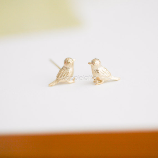 sparrow bird earrings, bird post earrings, bird jewelry