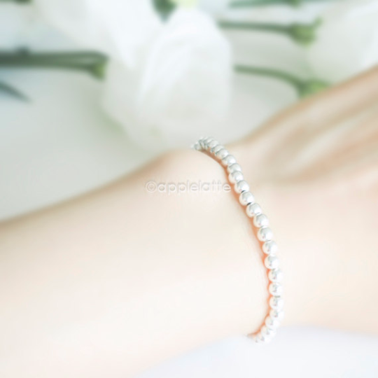 sterling silver stretch ball bracelet, minimal ball bracelet, stacking bracelet, sterling silver 925 bracelet, bridesmaid gift