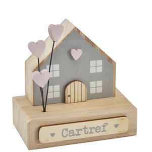 Wooden house 'Cartref' decoration