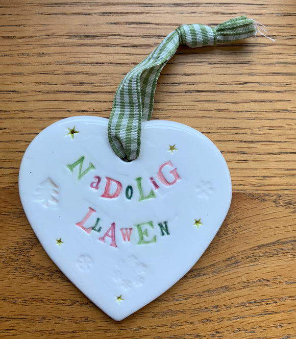 Hand-made Ceramic Heart - Nadolig Llawen