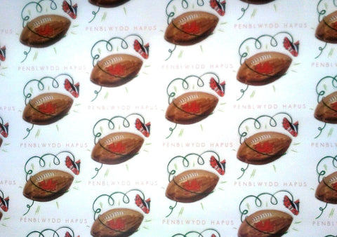 Wrapping paper 'Penblwydd Hapus' birthday rugby