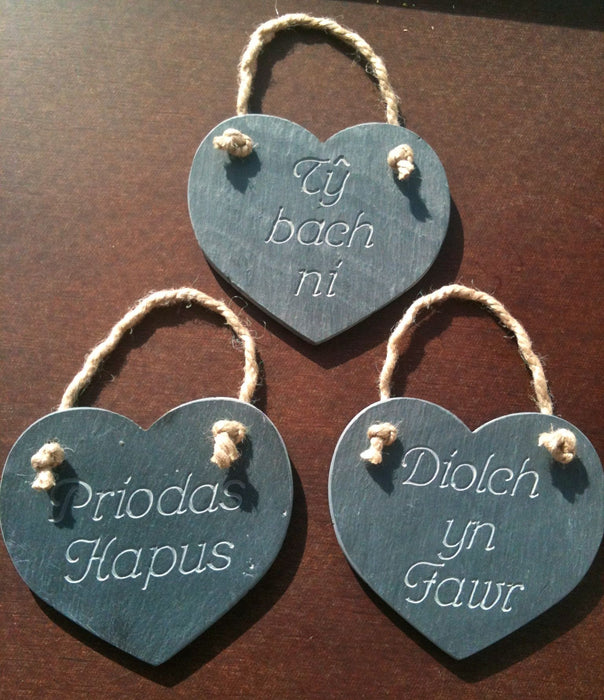 Welsh slate hanging heart plaque