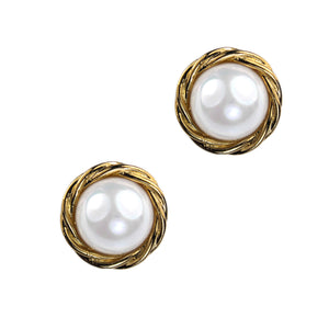 Alicia Pearl Clip Earring (Gold)