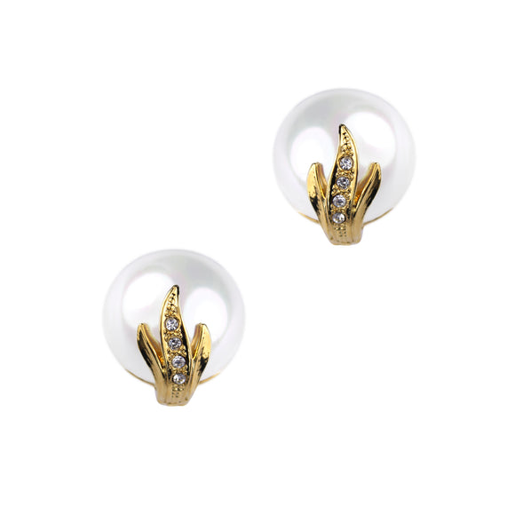 Athena Pearl Clip Earring