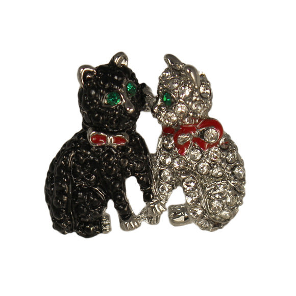 PAIR OF KITTENS PIN