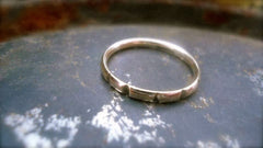 9ct Gold Notched Contemporary Ring