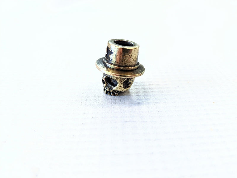 Anvil TopHat Skull Brass Bead