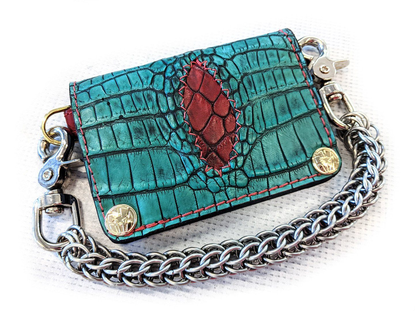 Mini Long Chain Wallet - Antique Kelly Green Alligator with Red Inlay