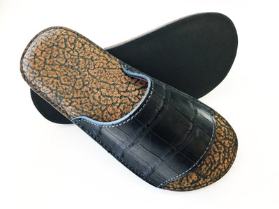 Slides - Safari Brown Giraffe with Black Alligator - Anvil Customs