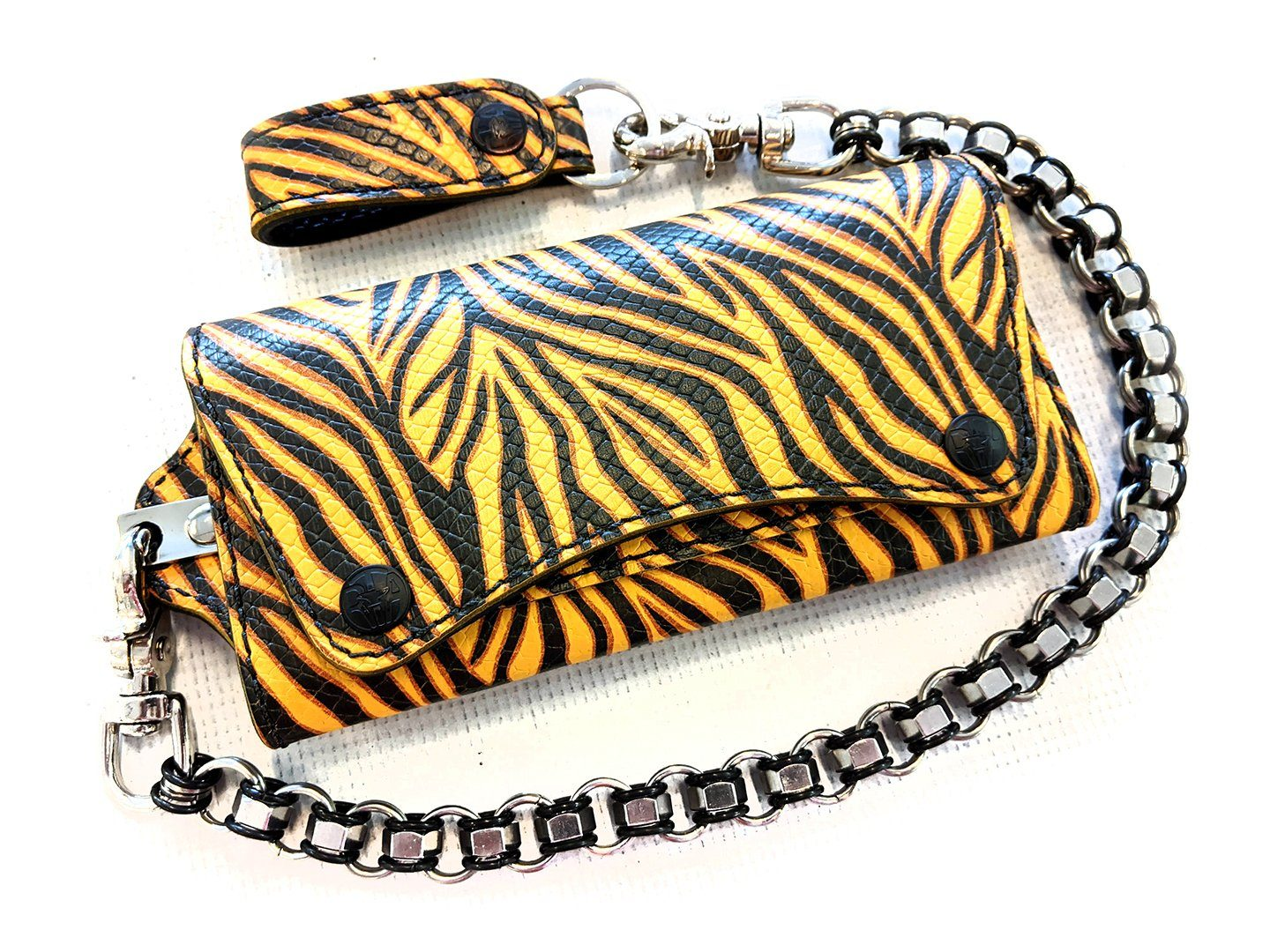Trucker Trifold - Fire Tiger