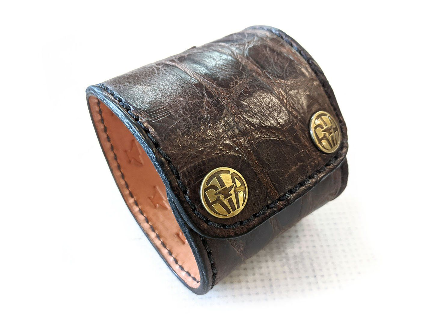 "Wide Leather Cuff - 9"" Old Tobacco Alligator - Anvil Customs"