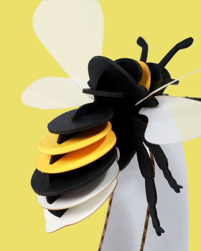 Load image into Gallery viewer, 3D Bumble Bee Puzzle