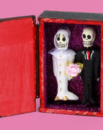 Amor Eterno Coffin, Bride and Groom