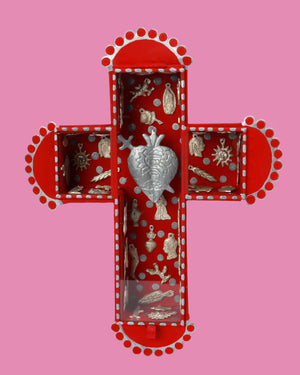 El Corazon Wall Shrine, Red
