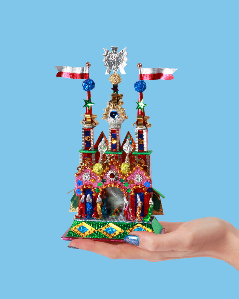 Load image into Gallery viewer, Kraków Foil Nativity Crib