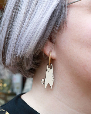 Load image into Gallery viewer, Hanging Cat Earrings