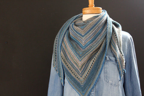 Hydrogen Shawl : Concrete and Tulips
