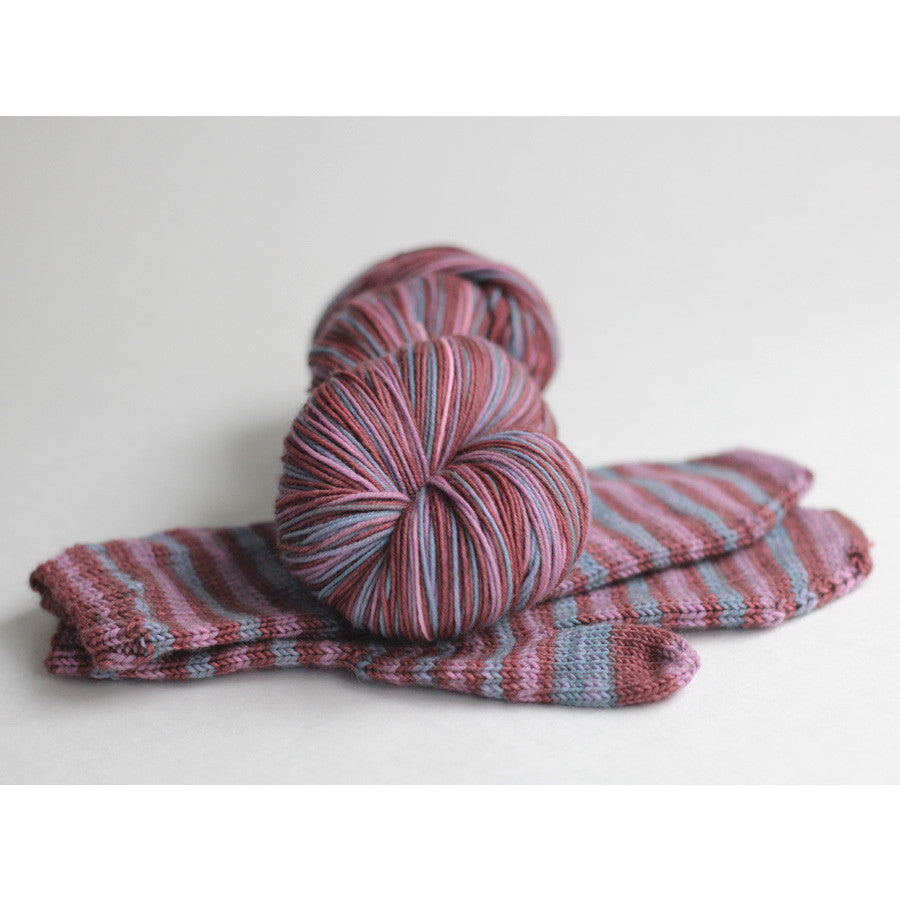 Linden Mittens by Jane Richmond : Macaron self-striping yarn