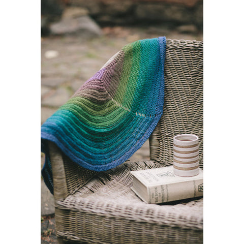 Peacock self-striping shawl yarn