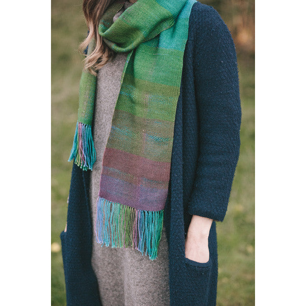 Woven scarf : Peacock self-striping sock yarn