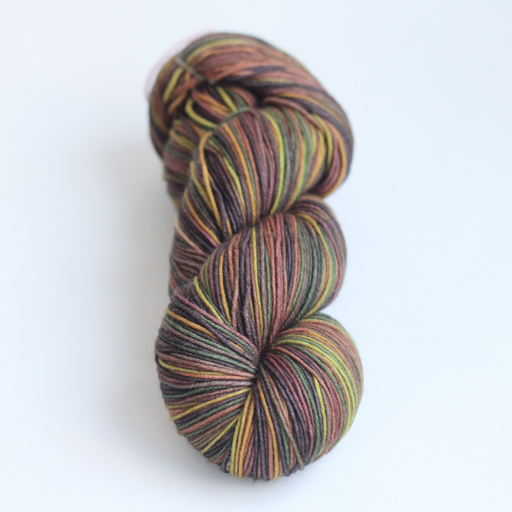 small batch 016 self-striping yarn