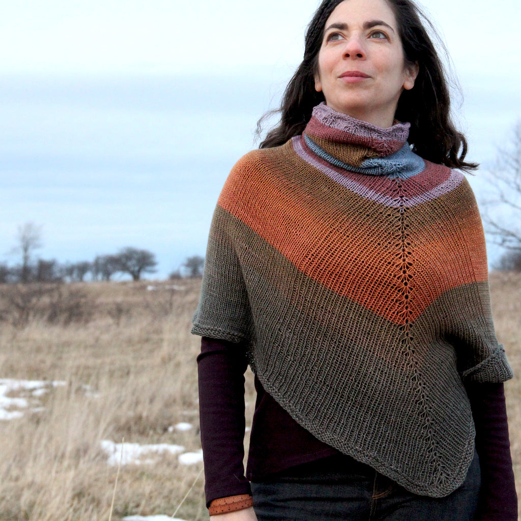 Flowsaic poncho by Laura Nelkin | Tesserae self patterning yarn by Gauge Dye Works | striping striped knitting wool