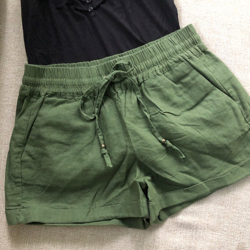 LOVELY LINEN SHORT