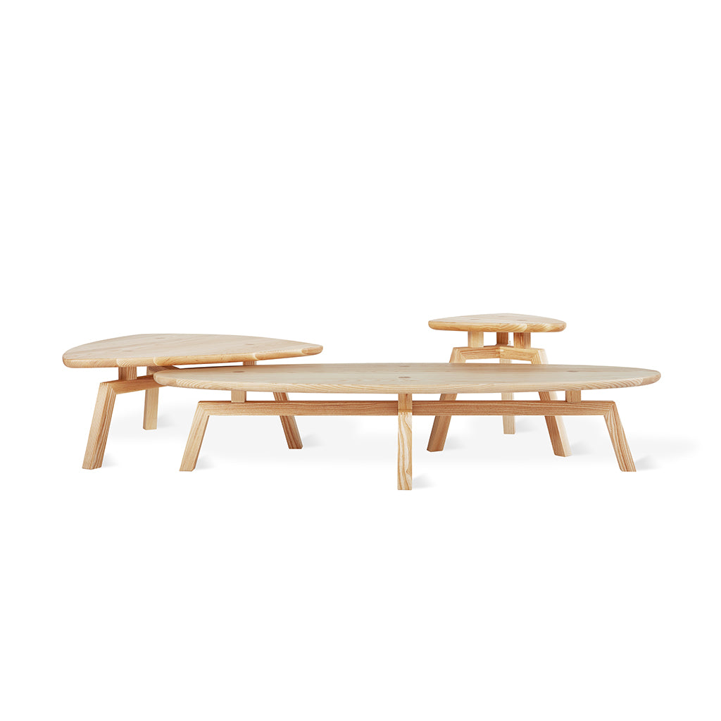 Solana Oval Coffee Table Group | Walnut