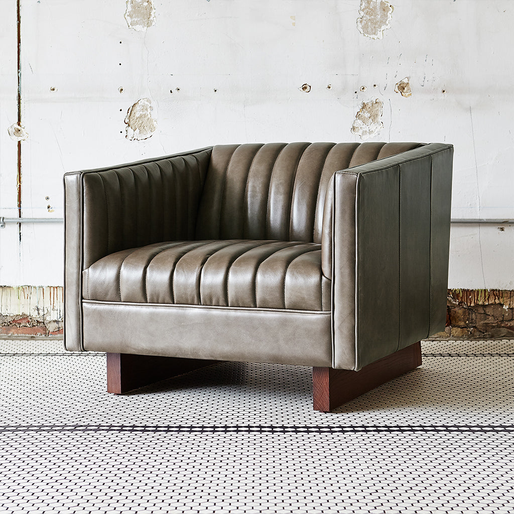 Wallace Chair | Saddle Grey Leather