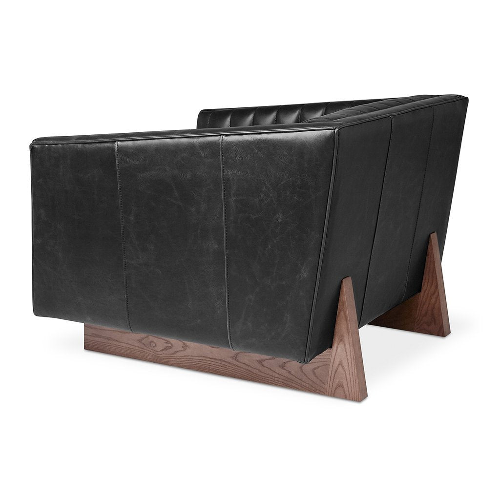 Wallace Chair | Saddle Black Leather